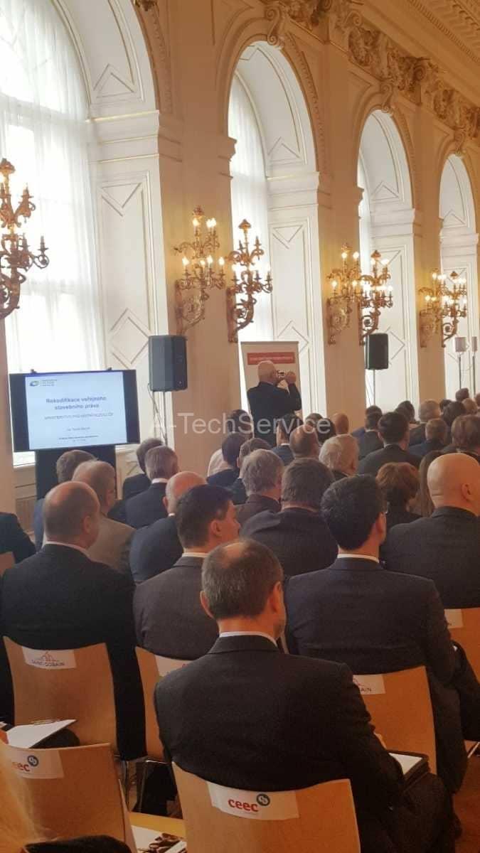 Konference_Prazsky_hrad_-_Ozvuceni_projekce-_nahledy_rizeno-rezii_AV_zaznam_s_prenosem_4