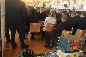 KONFERENCE PRAŽSKÝ HRAD - OZVUČENÍ PROJEKCE NÁHLEDY ŘÍZENO REŽIÍ, AV ZÁZNAM S PŘENOSEM