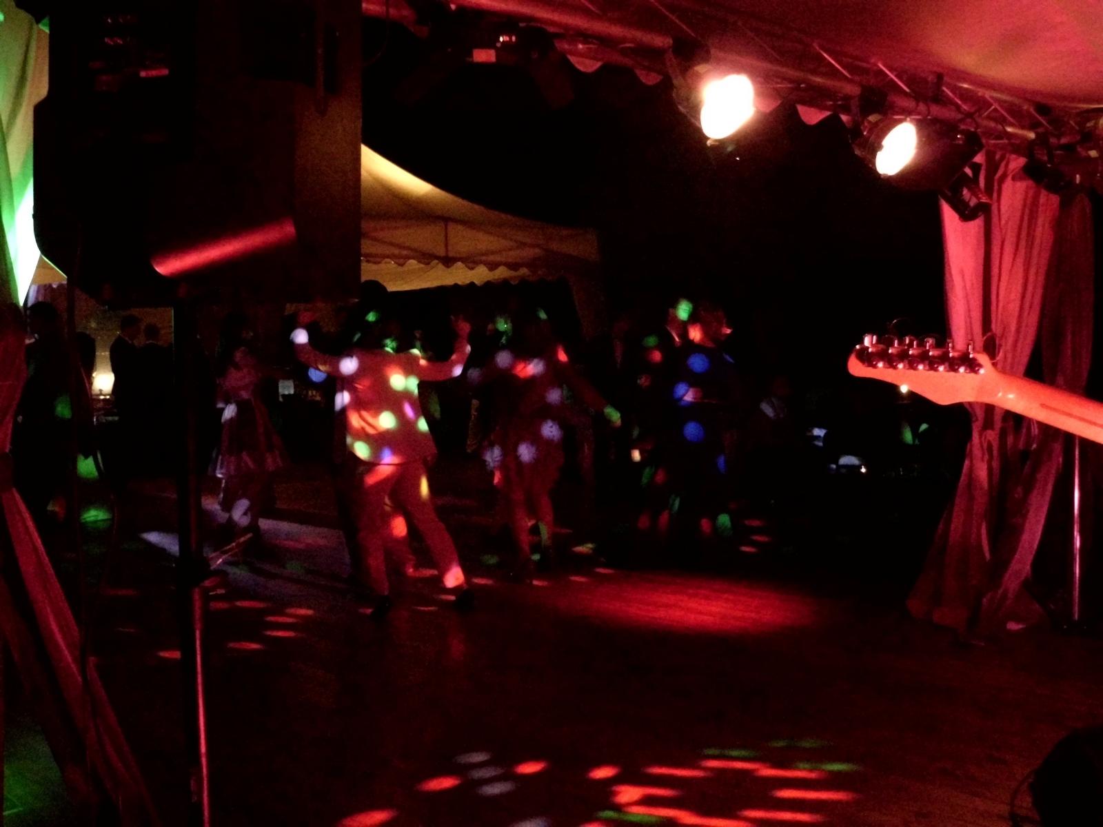 Zamek-Troja-A-TechService-efektove-nasviceni-ozvuceni-hudebni-produkce-DJ-2014