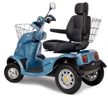 výkonný invalidní vozík